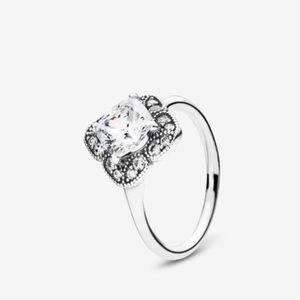 Authentic pandora floral fancy ring!